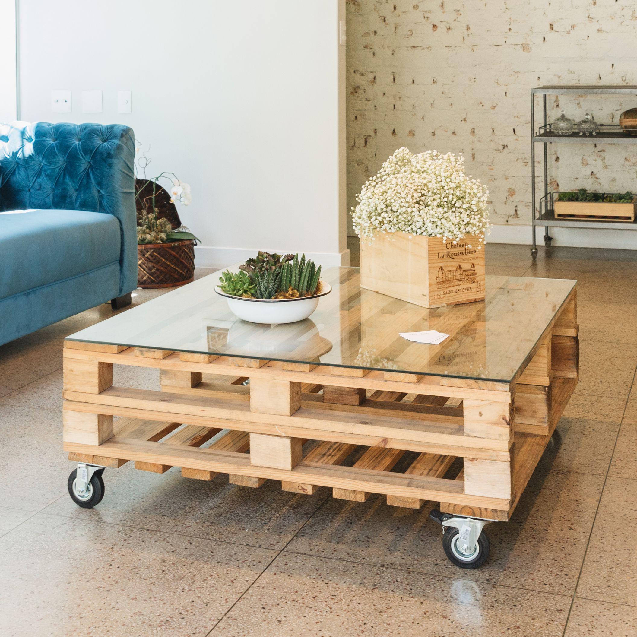 20 Free Pallet Furniture Plans