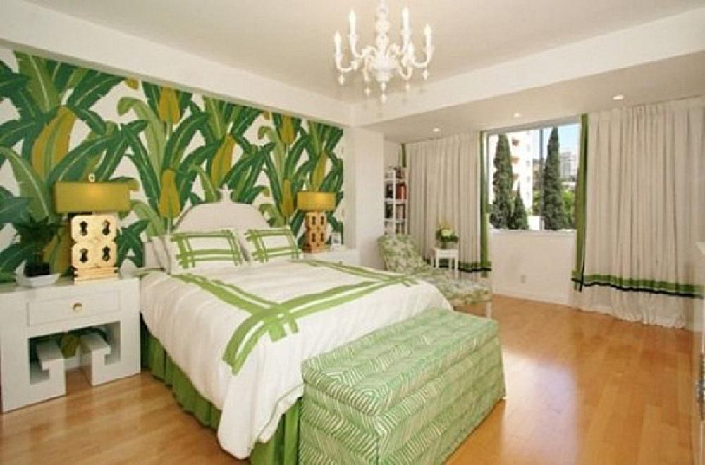 green bedroom photos and decorating tips - Green Bedroom Walls