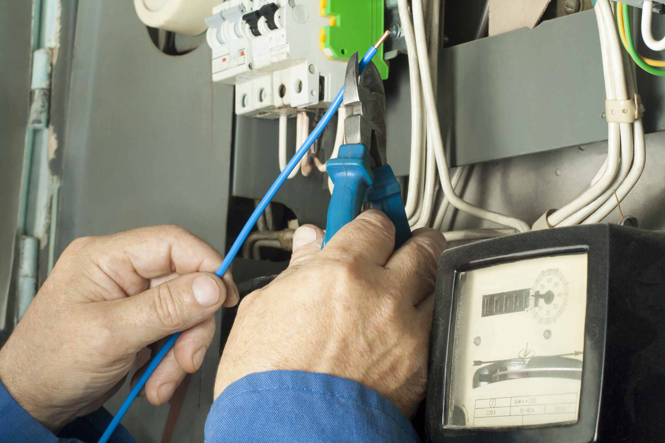 How To Prevent Electrical Shock House Wiring Do It Yourself Electrician Worker Repairing Power Line Distribution Fusebord