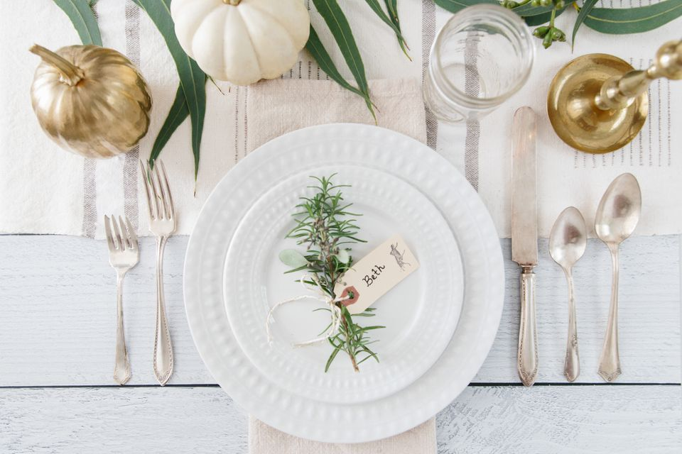 farmhouse inspired place setting