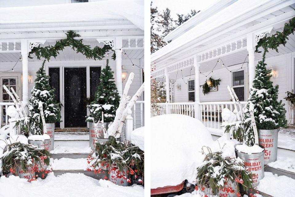 Vintage Bank Deens Design.40 Best Christmas Porch Decorations