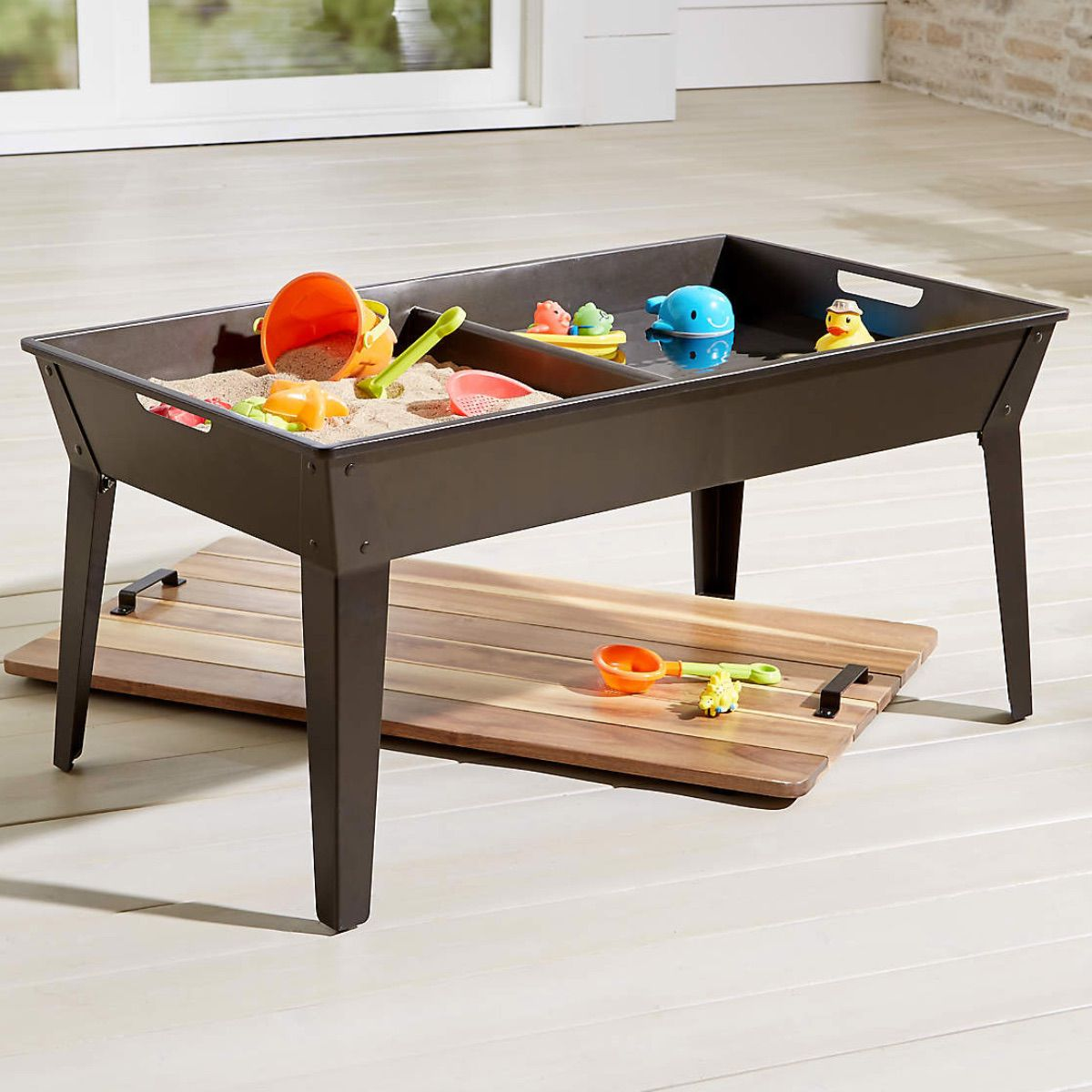Crate & Kids Sand and Water Table
