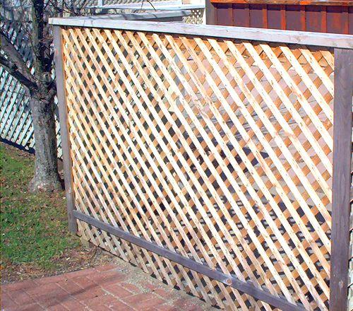Lattice fence photo.