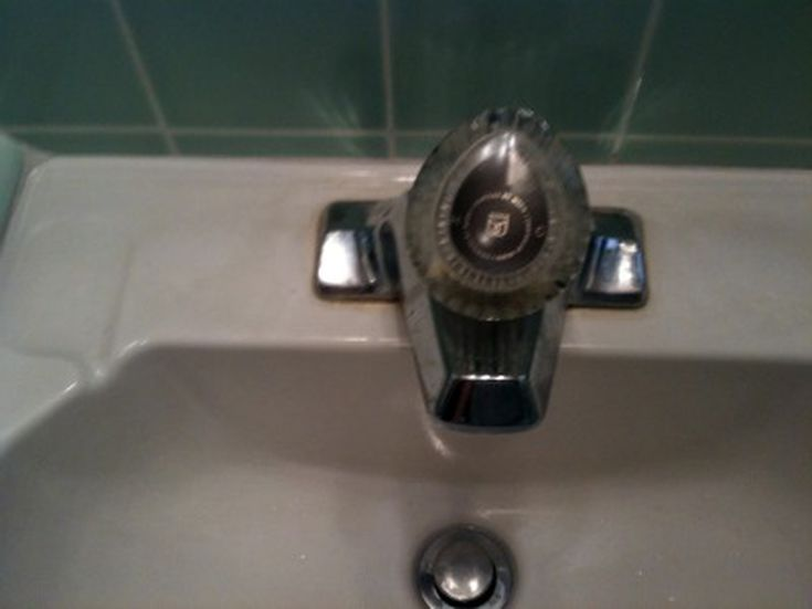 How To Replace A Cartridge On Moen Faucet
