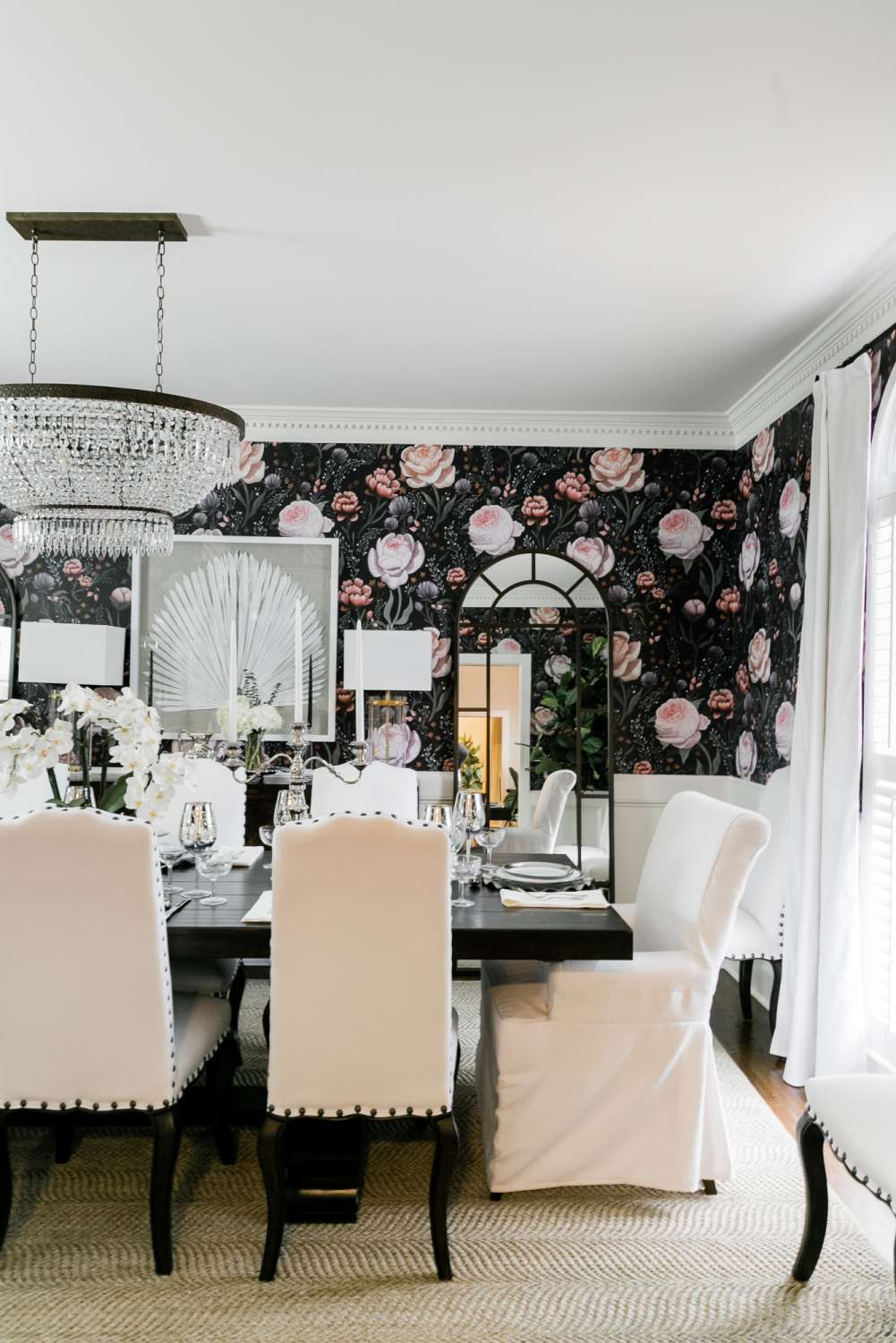 floral wallpaper and neutral rug