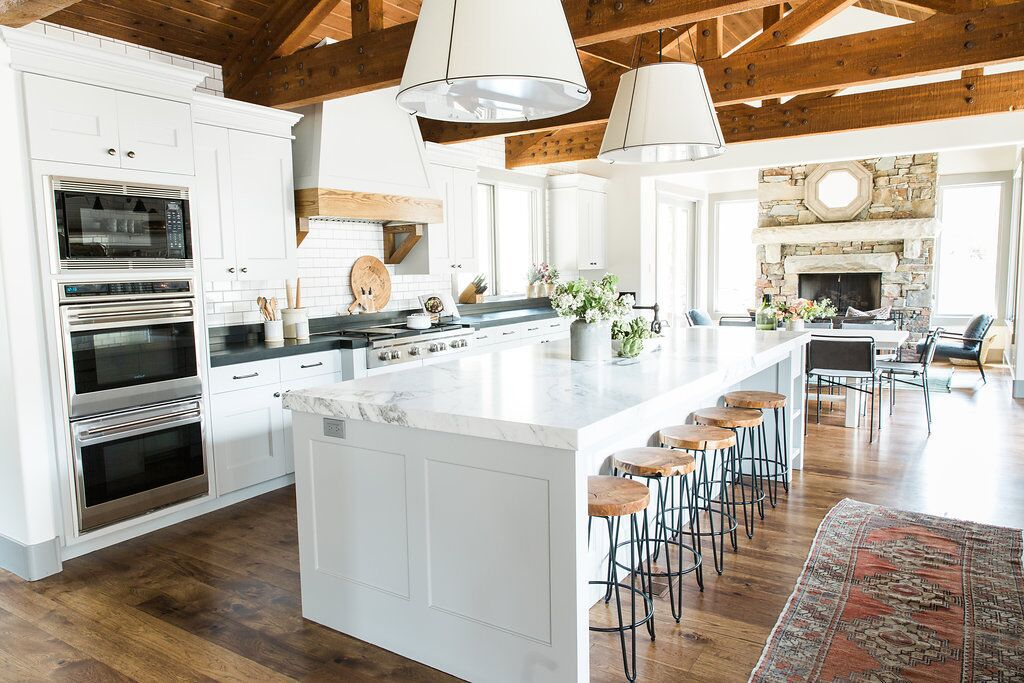 . Gorgeous Modern Farmhouse Kitchens