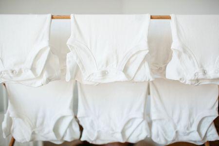 6 Chlorine Bleach Tips for Better Laundry Results