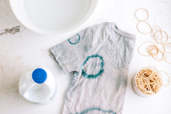 reverse tie dye tee shirt with bleach