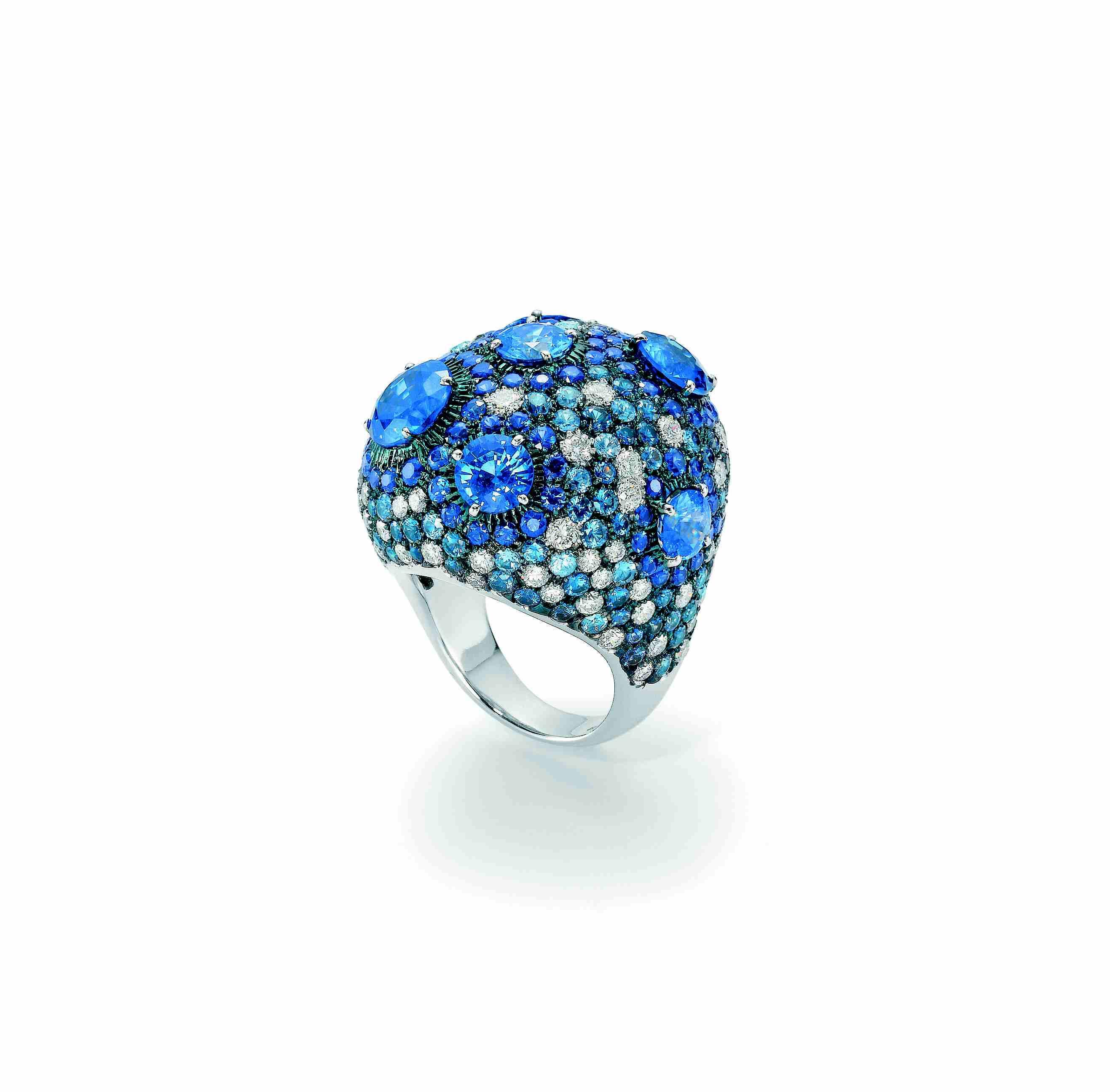 Sea of Blue Gems
