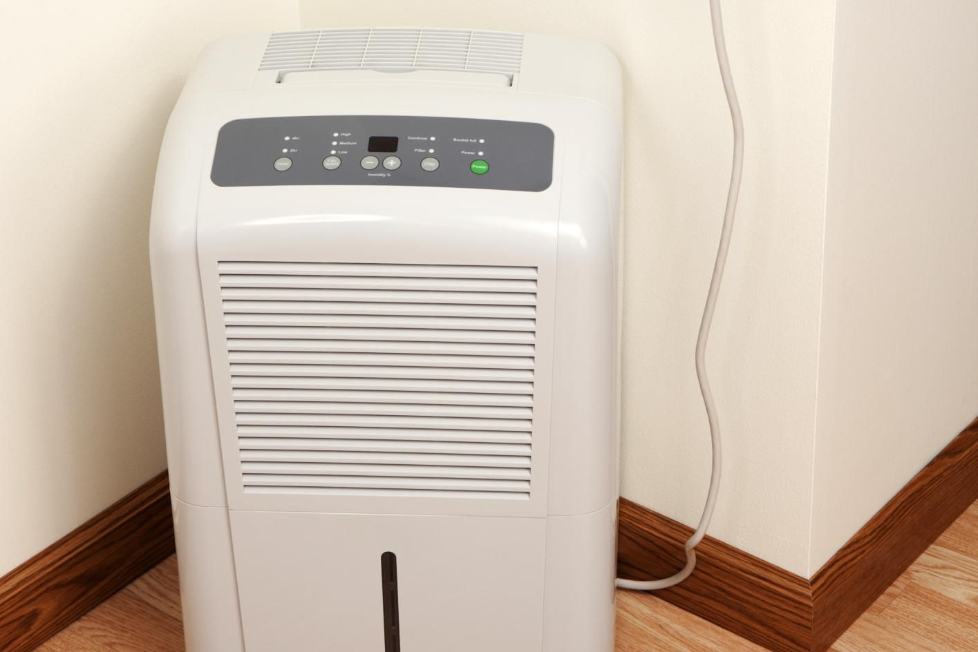 tips for choosing a dehumidifier 14524 | 184856939 copy 56a343f15f9b58b7d0d12c9f