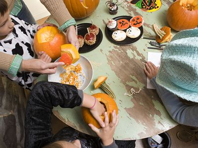 19 halloween party games for kids that wont cost a dime