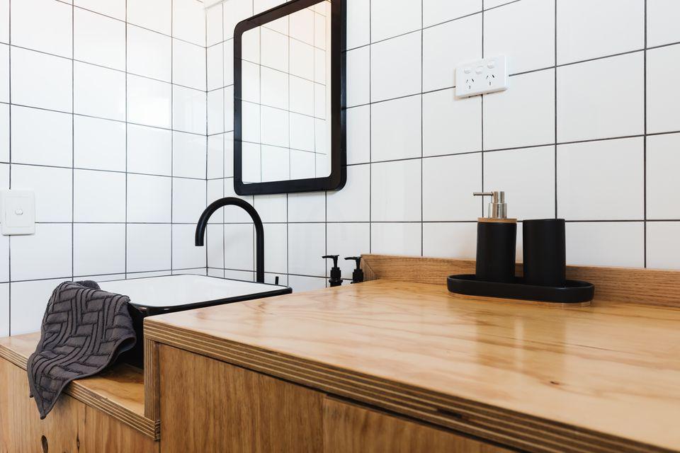 Tocador de baño de madera