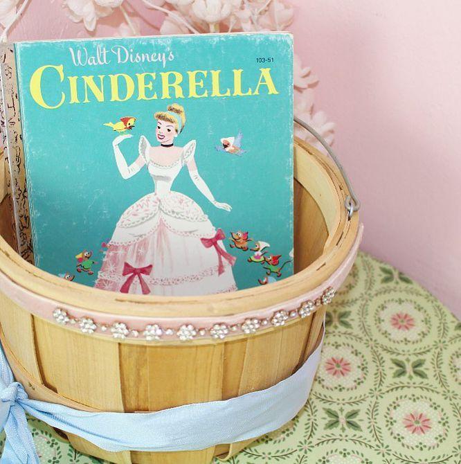 Vintage Libro de Cenicienta de Disney