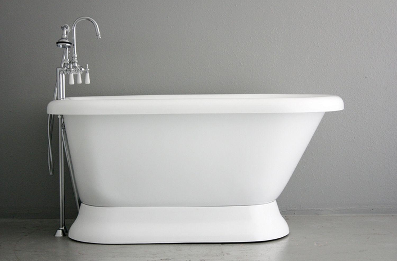 Baths of Distinction Classic Pedestal bathtub.