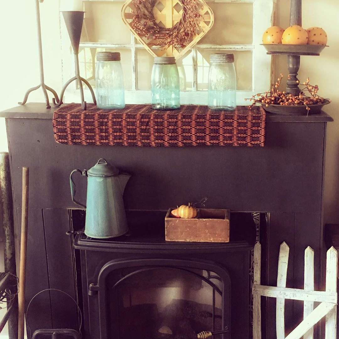 Electric fireplace with farmhouse decor