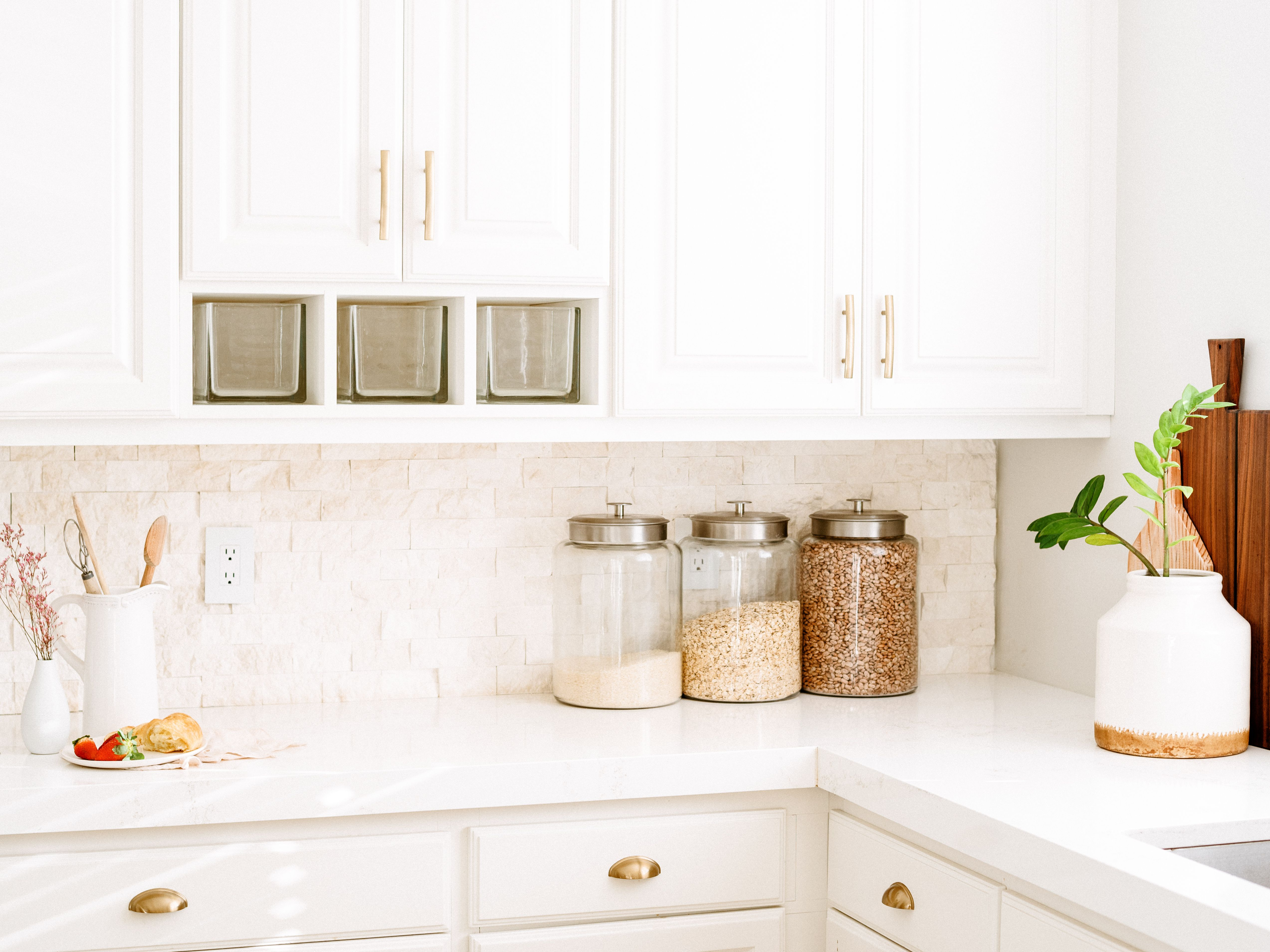 What To Store On The Counter In A Kitchen And What Not To
