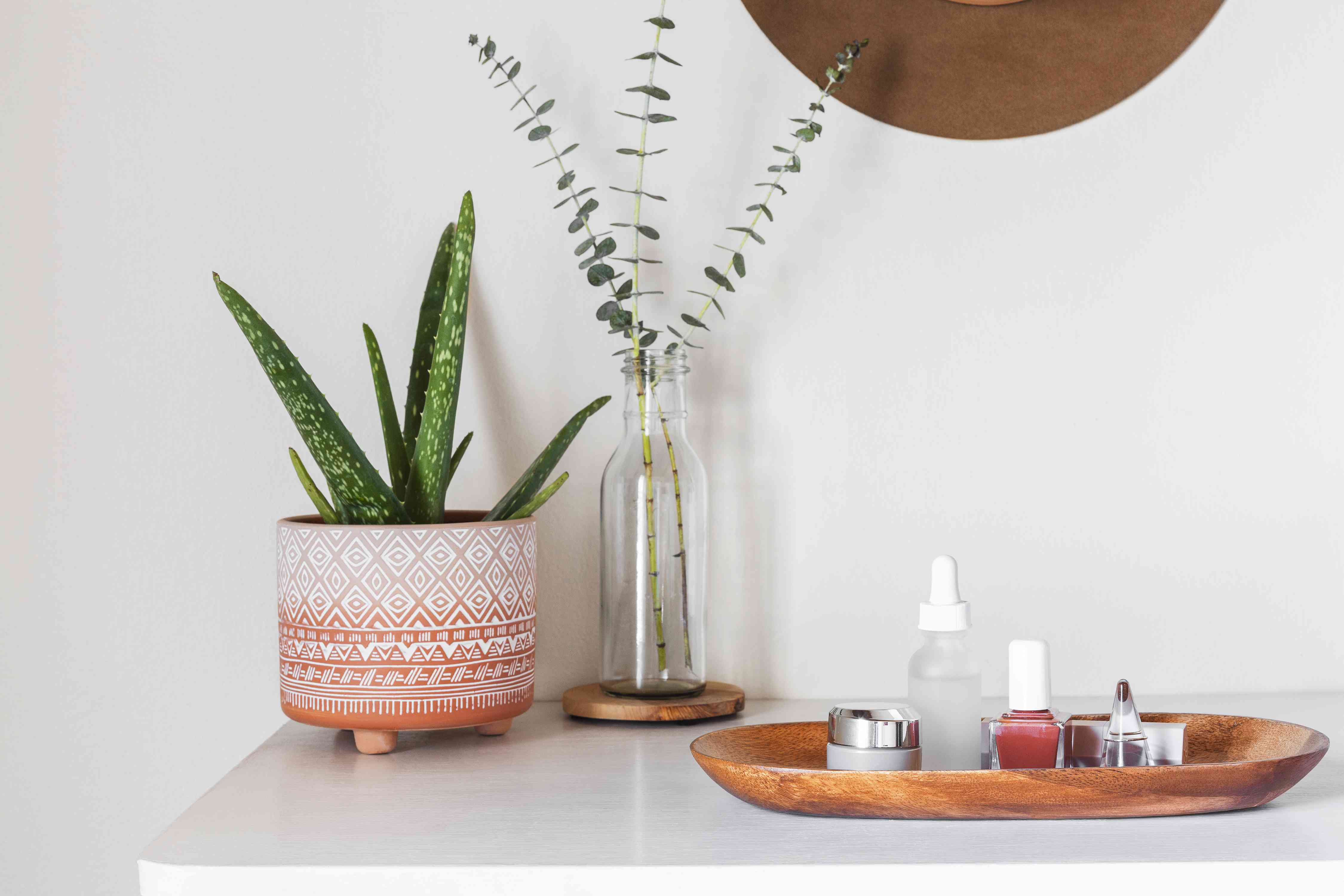 incorporating a tray into dresser top decor