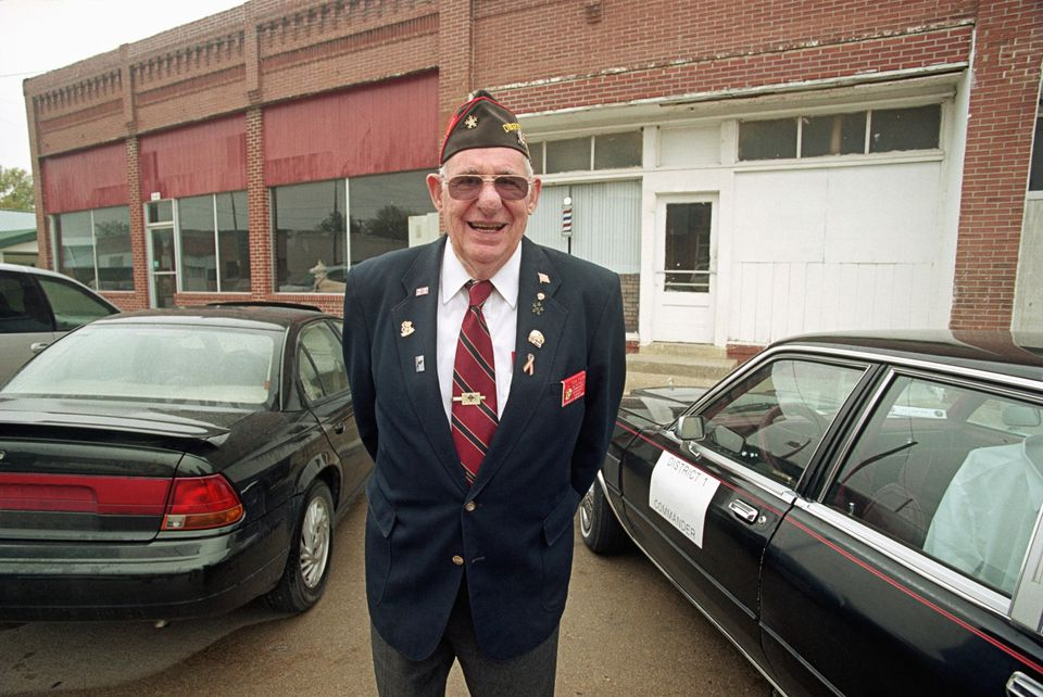 Picture of a US veteran standing outside