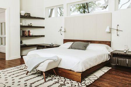 White Midcentury Modern Bedroom