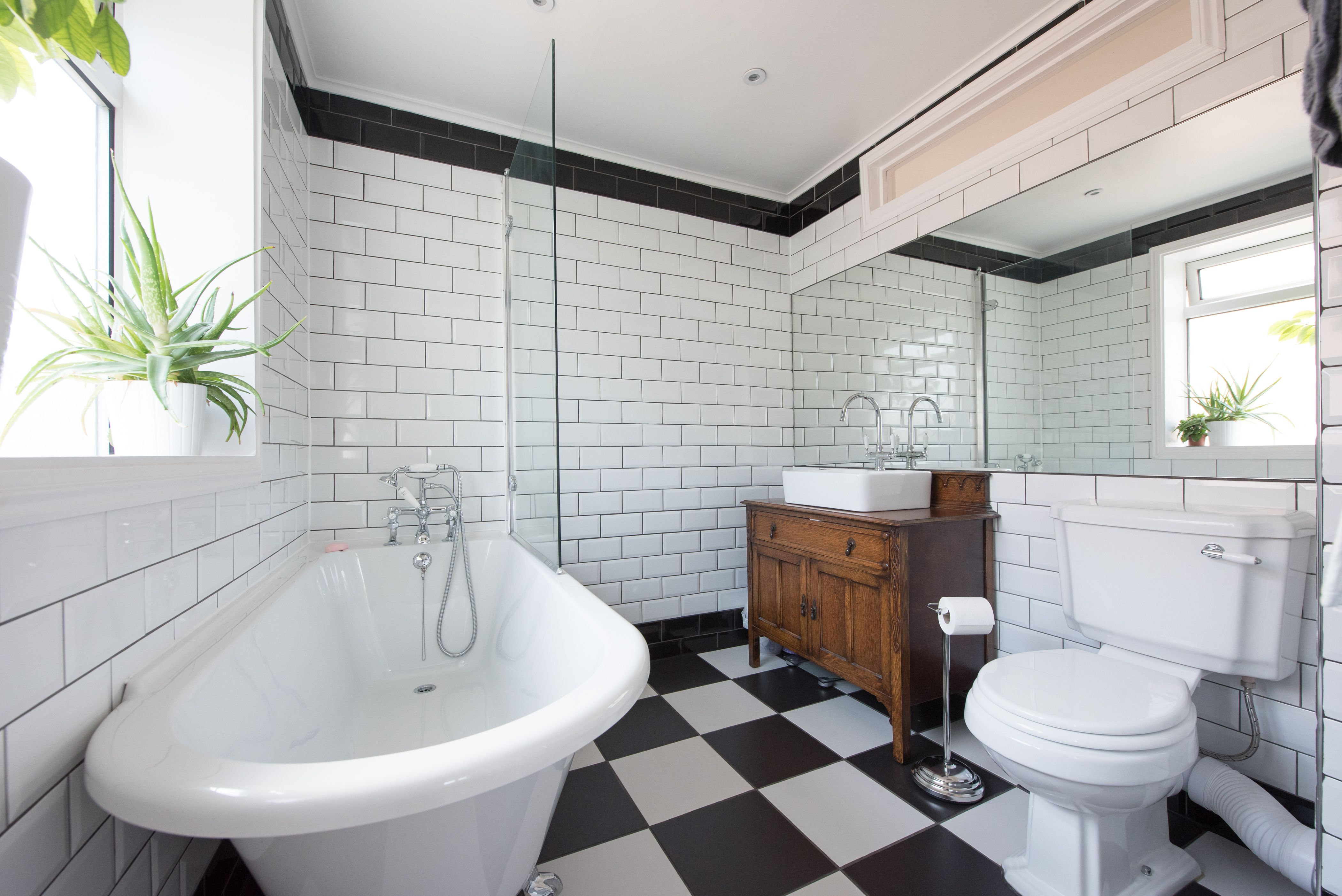 5 Great Plants For Your Green Bathroom