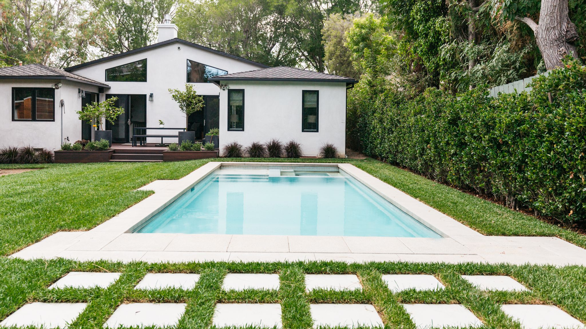 20 Small Swimming Pools With Big Style