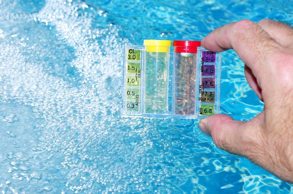 Testing Pool Water