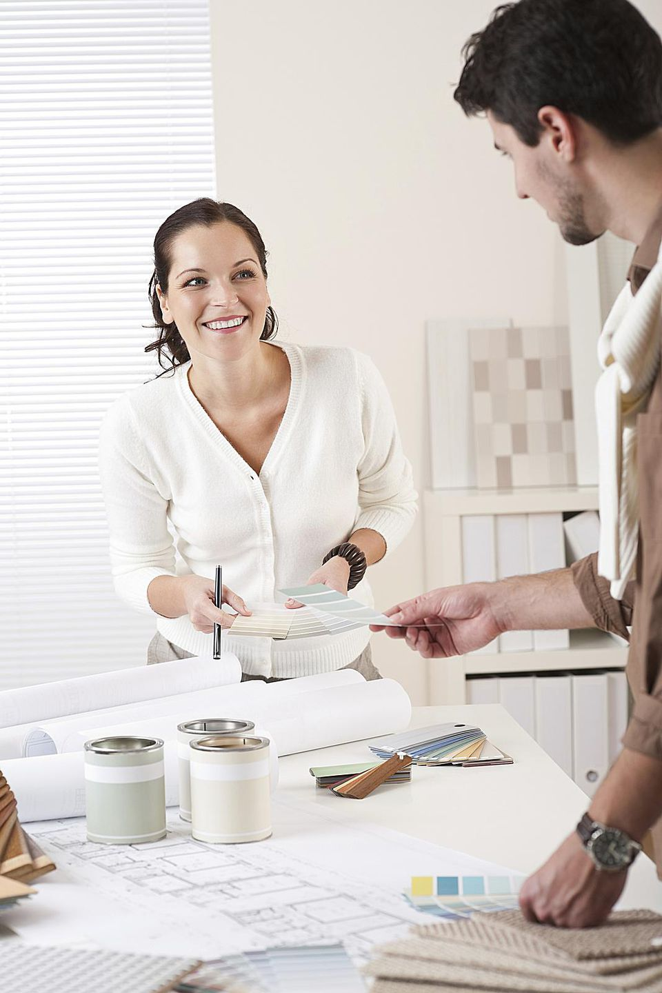 Hiring a decorator on a budget - Hiring an interior designer on a budget ...