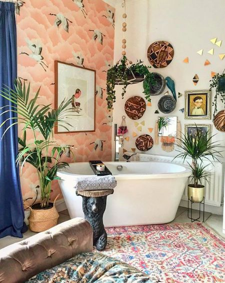 15 Bathroom Wall Decor Ideas