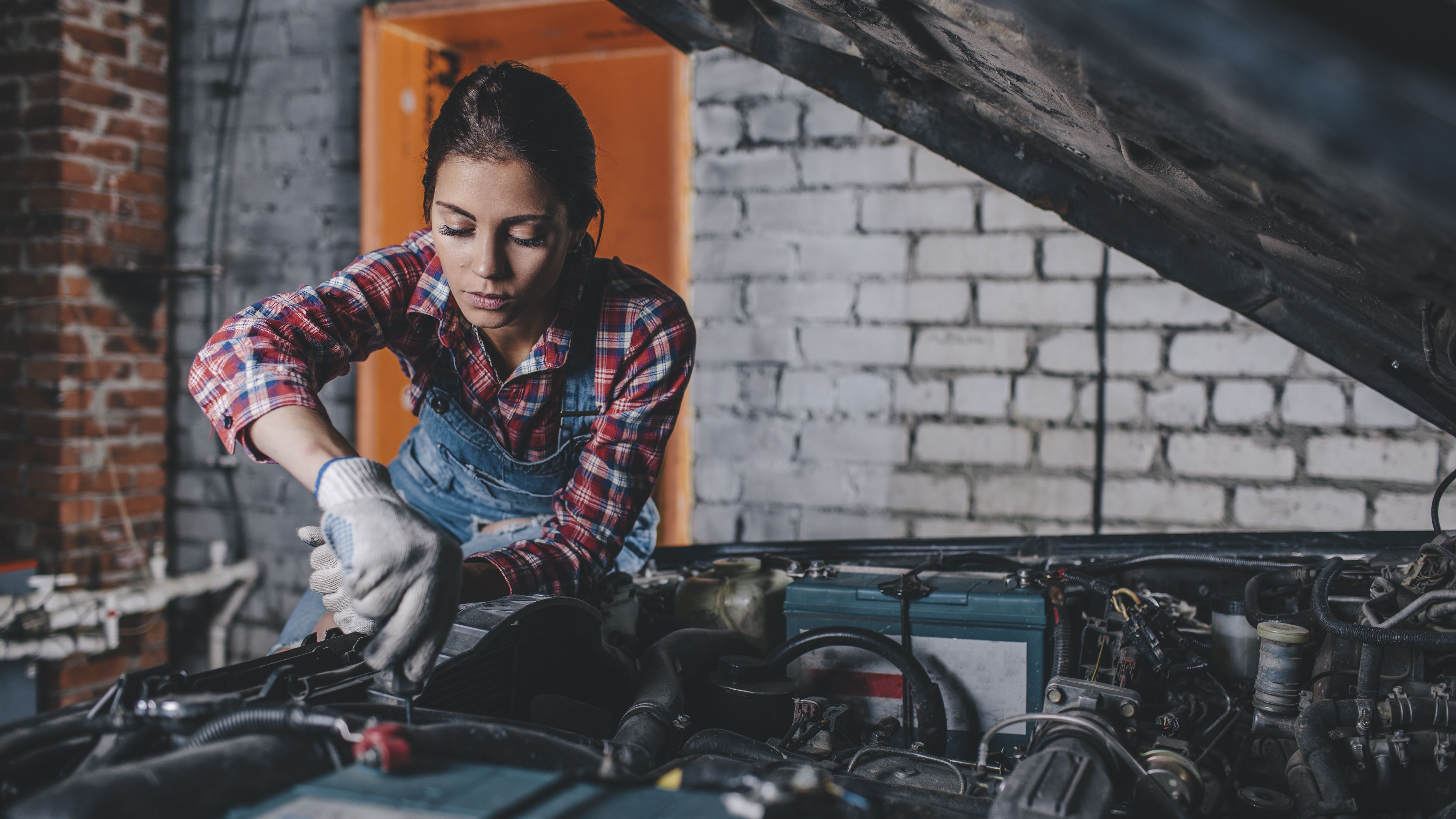 The 7 Best Places to Buy a Car Battery in 2019