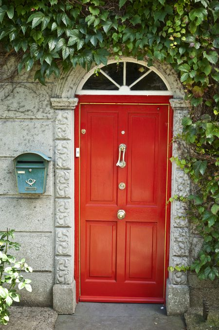 Beautiful Ideas For Painting Your Door Red