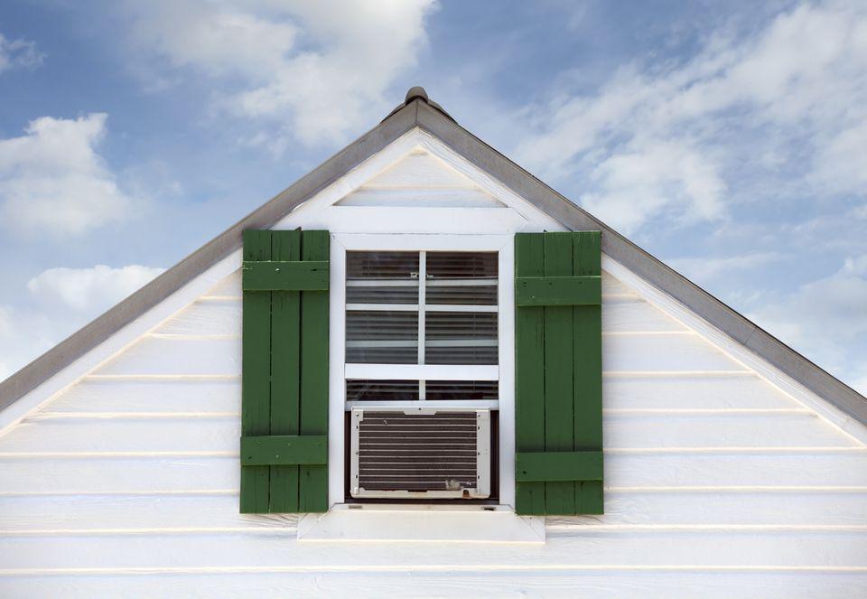 Window air conditioner in top window