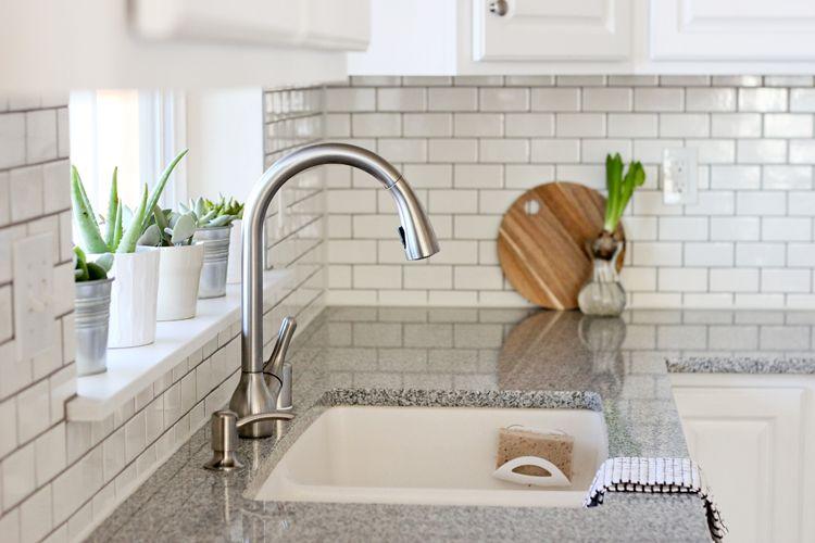 Placa para salpicaduras de cocina de azulejos de metro de bricolaje