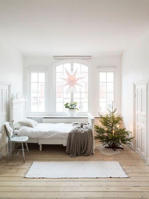 Árbol de Navidad escandinavo minúsculo