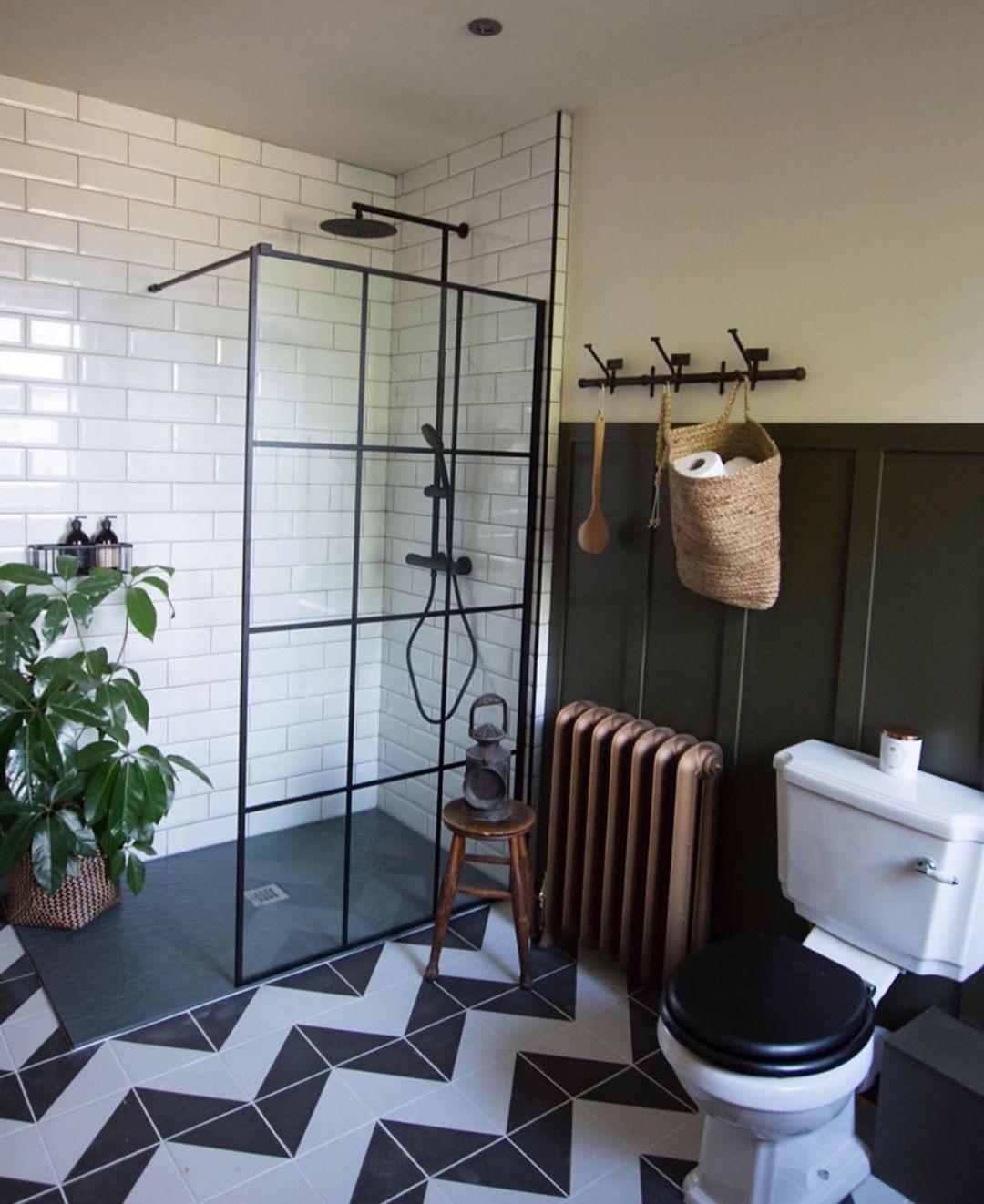 Bathroom with black and white chevron