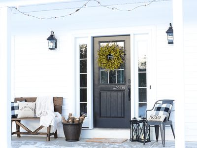How To Hang Garland Around A Door And Avoid Damage