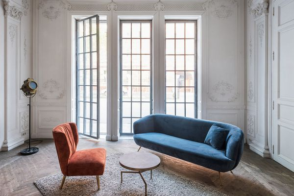 Loft studio apartment in a classic style