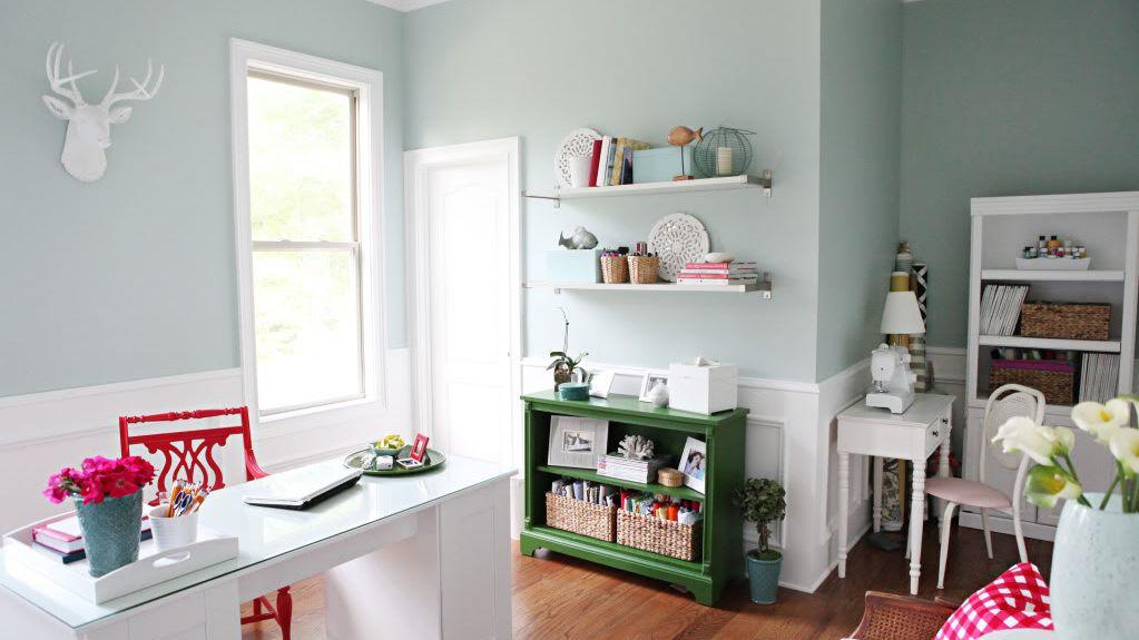 10 Best Aqua Paint Colors To Brighten Your Space