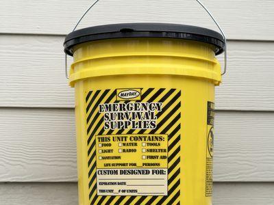 Mayday 13040 Deluxe Emergency Honey Bucket Kit