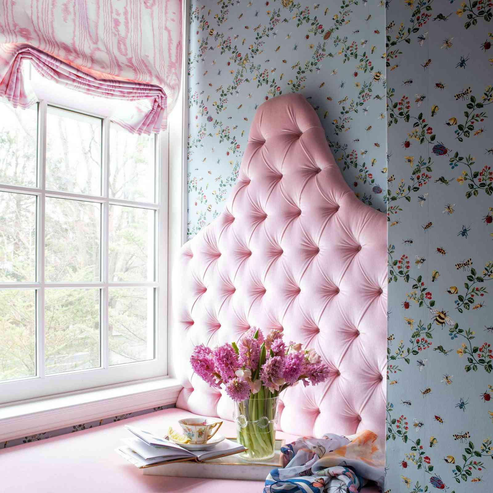 pink tufted window bench