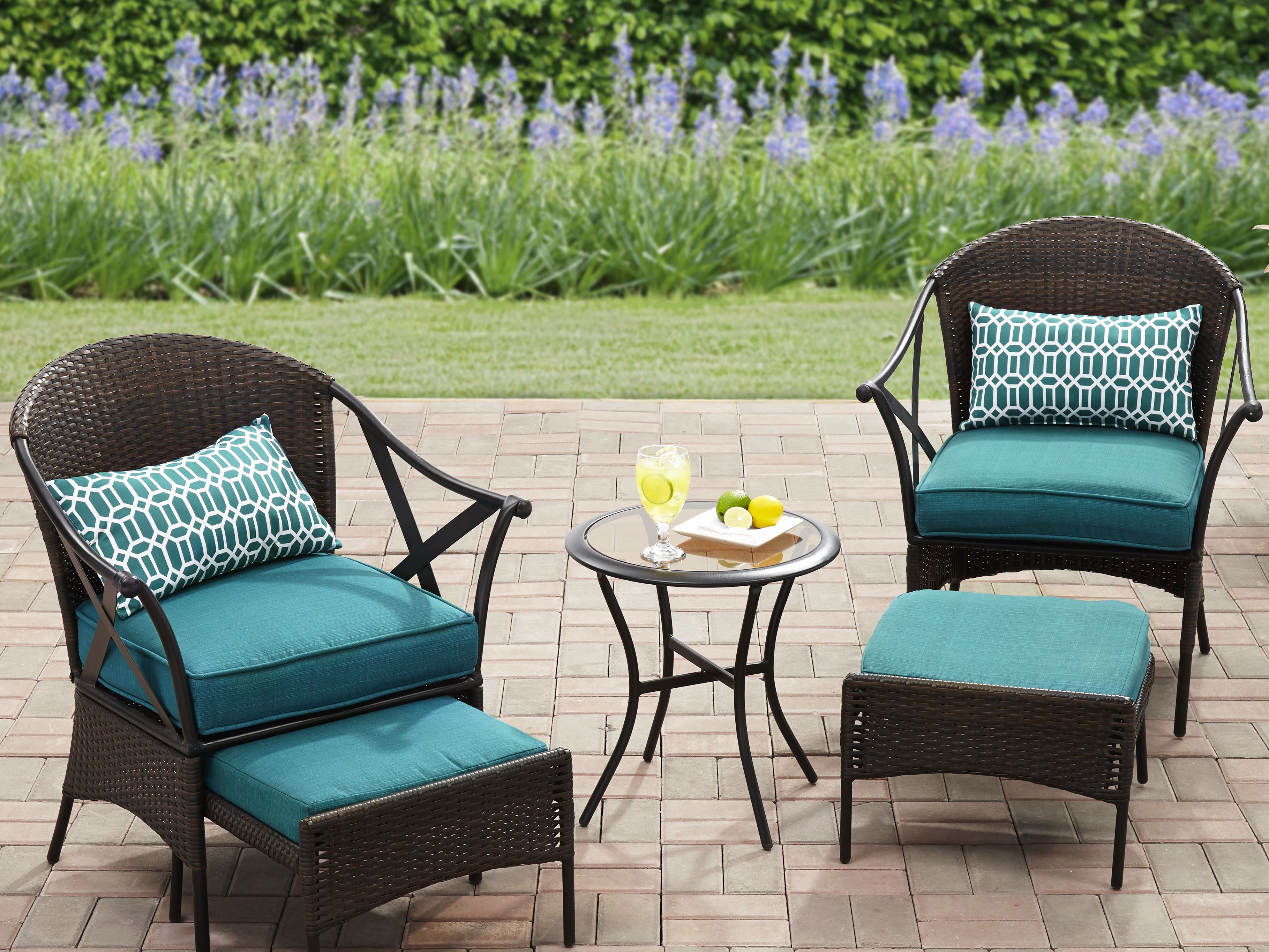 The 9 Best Outdoor Furniture Pieces from Walmart in 9