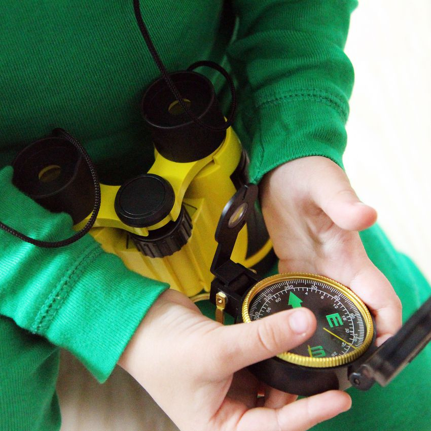 Creative Adventure Binocular Gift Set