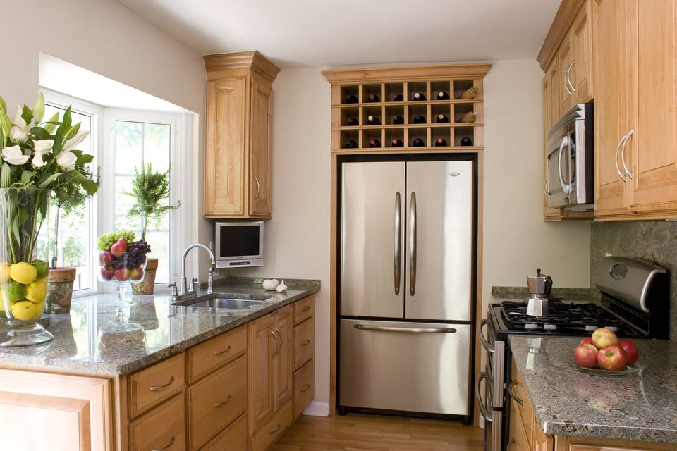 Tiny Kitchen Design Ideas For Small: A Small House Tour: Smart Small Kitchen Design Ideas