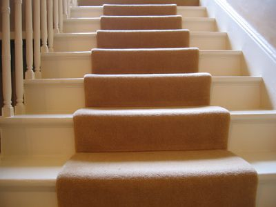Size Pattern Style Choosing A Carpet Runner For Stairs Flooring Ideas