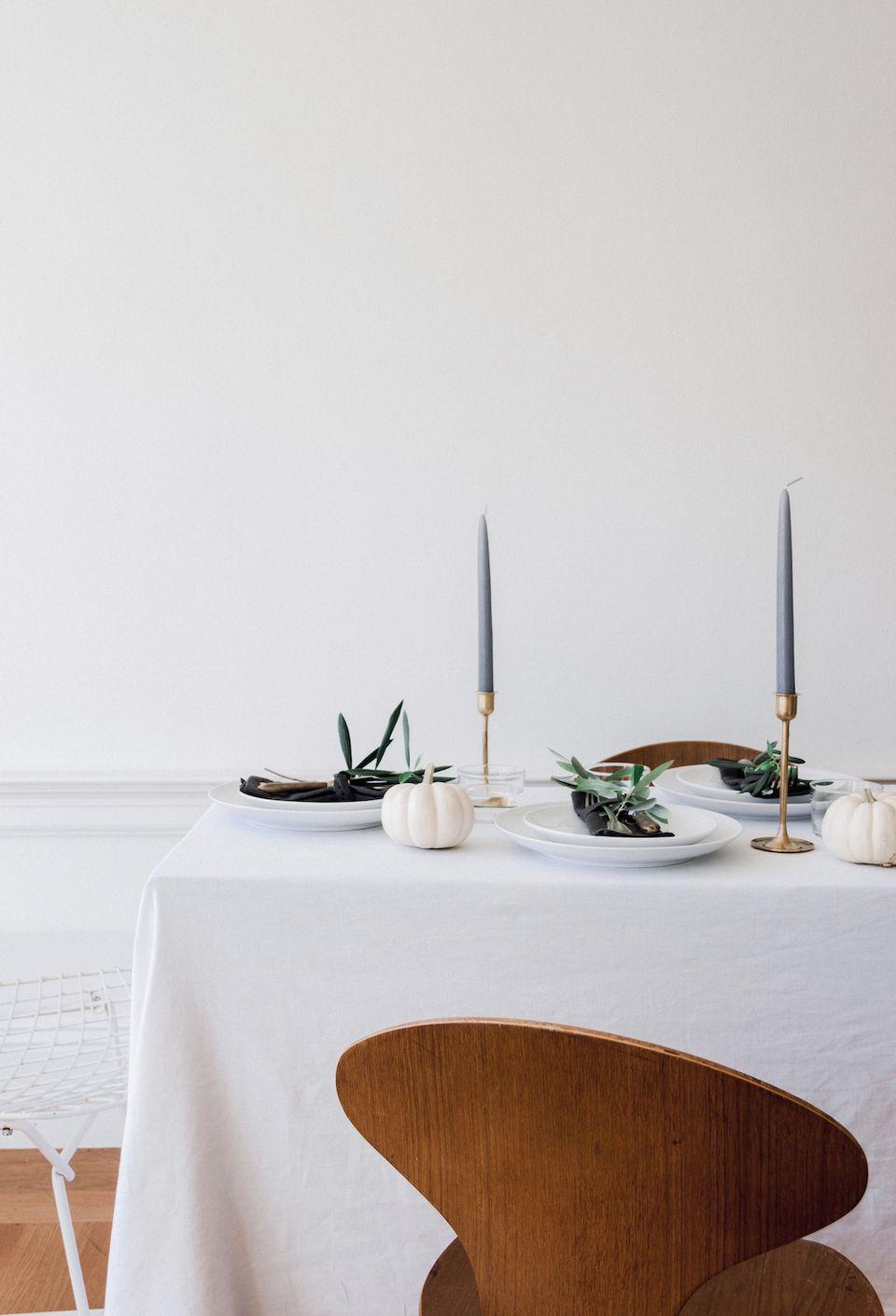 Minimalist fall table decor.