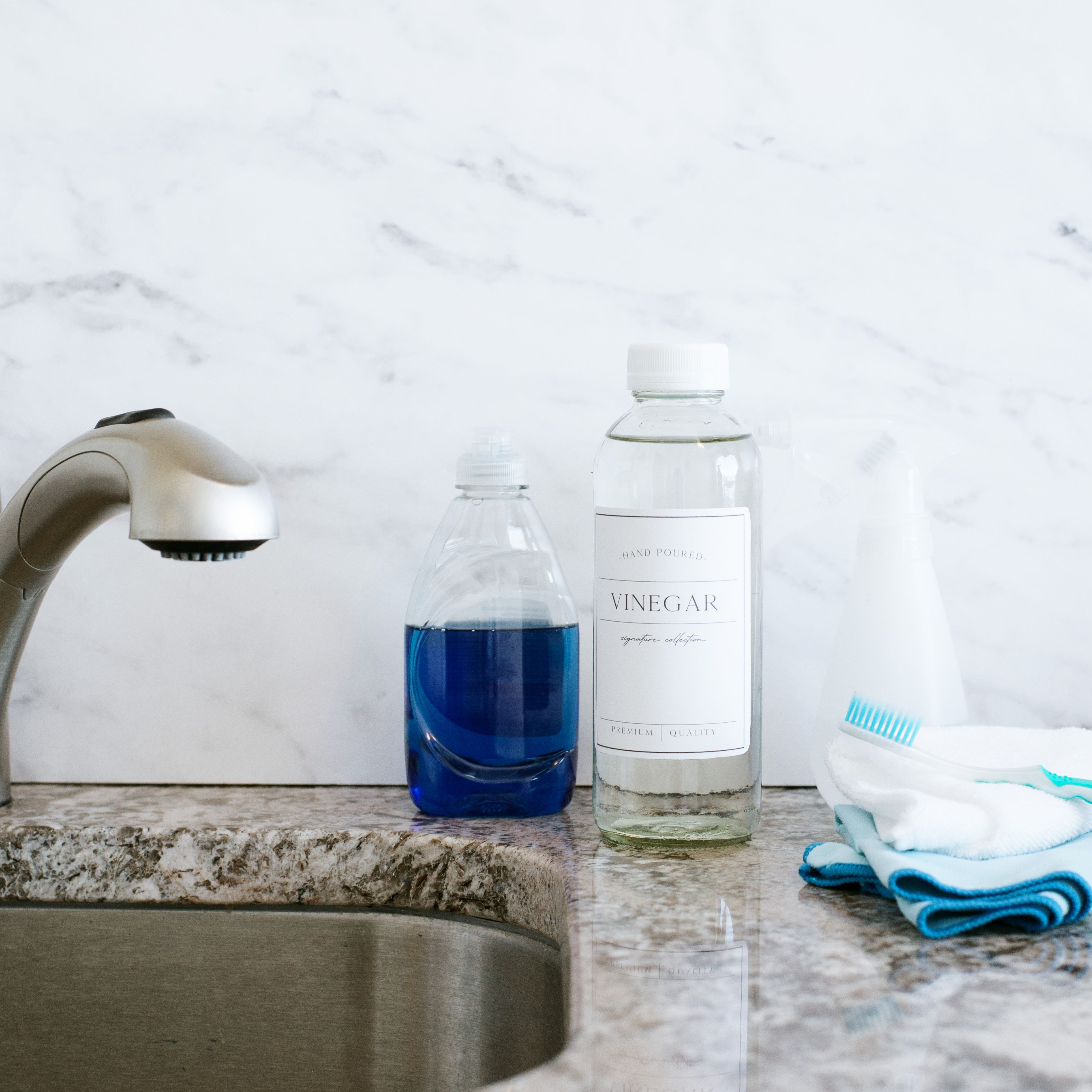 How To Clean Bathroom And Kitchen Sink Faucets