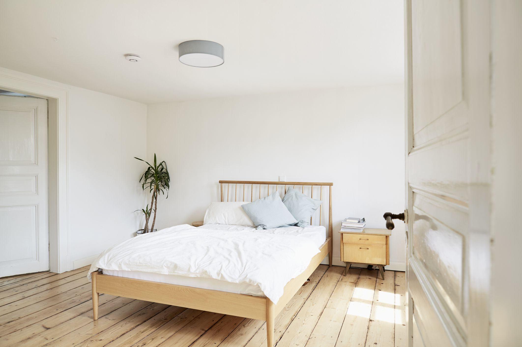 The 8 Best Places To Buy A Bed In 2020