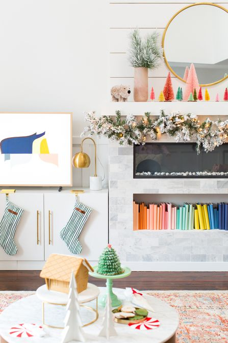 21 Beautiful Ways to Decorate Your Living Room for Christmas, According to Our Favorite Bloggers