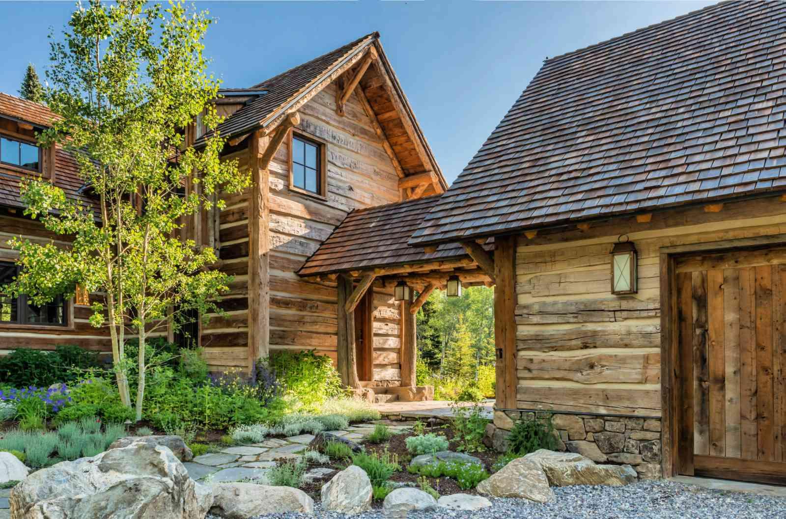 reclaimed log home