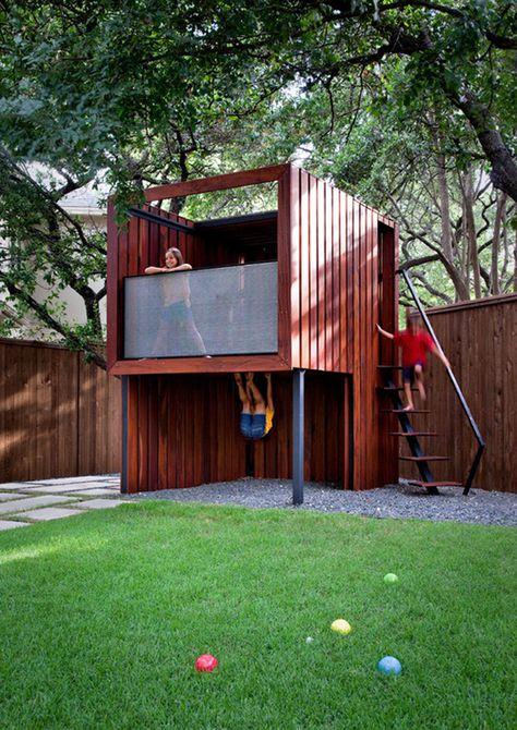 Casa en el árbol contemporánea