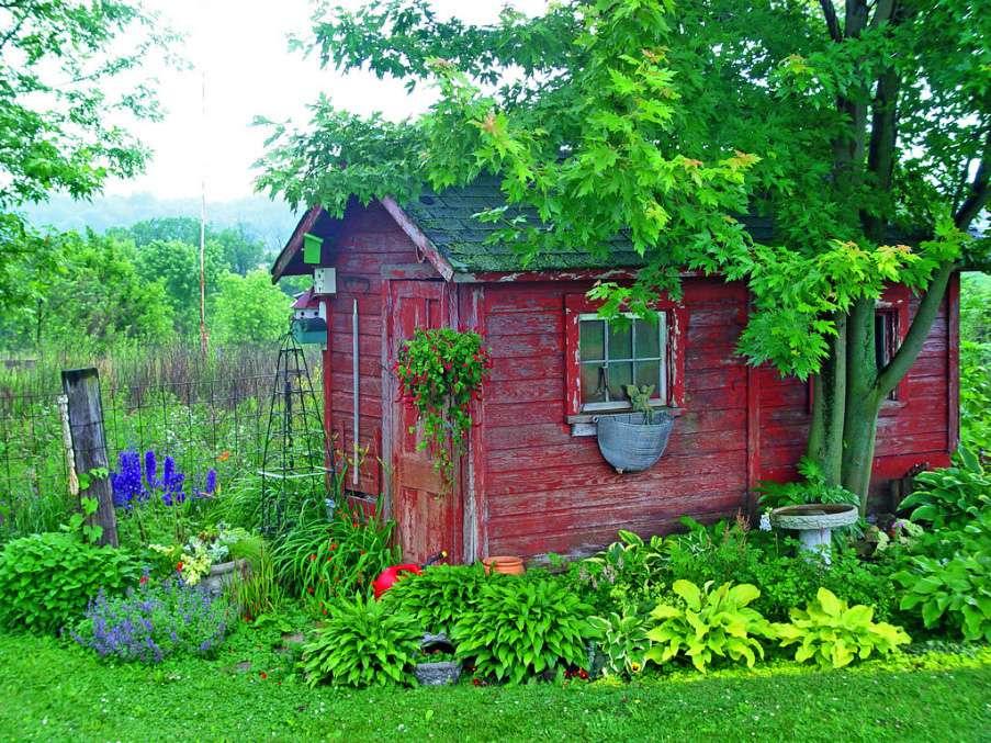 Cobertizo de jardín rústico